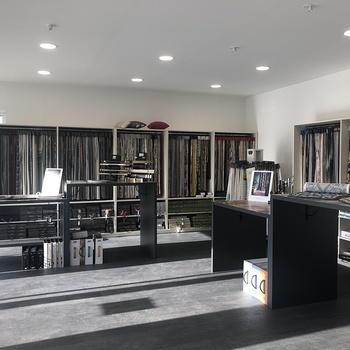 Nouveau Showroom pour COSI TAPISSIER / Lanvollon